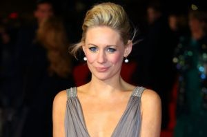Eastenders star to donate twins' cord blood